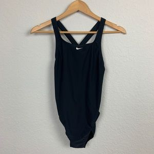 Nike swimwear one piece black SZ 8